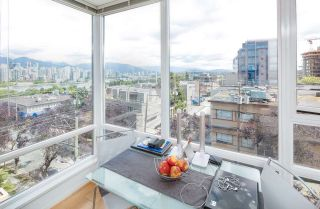 """Photo 14: 403 2483 SPRUCE Street in Vancouver: Fairview VW Condo for sale in """"SKYLINE"""" (Vancouver West)  : MLS®# R2189151"""