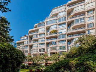 """Photo 37: 608 518 MOBERLY Road in Vancouver: False Creek Condo for sale in """"Newport Quay"""" (Vancouver West)  : MLS®# R2603503"""