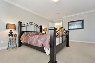 """Photo 17: 5878 165 Street in Surrey: Cloverdale BC House for sale in """"BELL RIDGE ESTATES"""" (Cloverdale)  : MLS®# F1432063"""