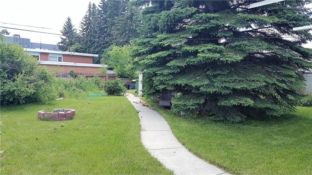 Photo 3: Photos: 2403 32 Avenue SW in Calgary: Richmond House for sale : MLS®# C4123862