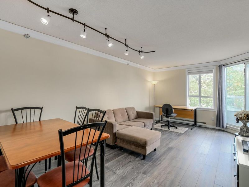 FEATURED LISTING: 407 - 3455 ASCOT Place Vancouver