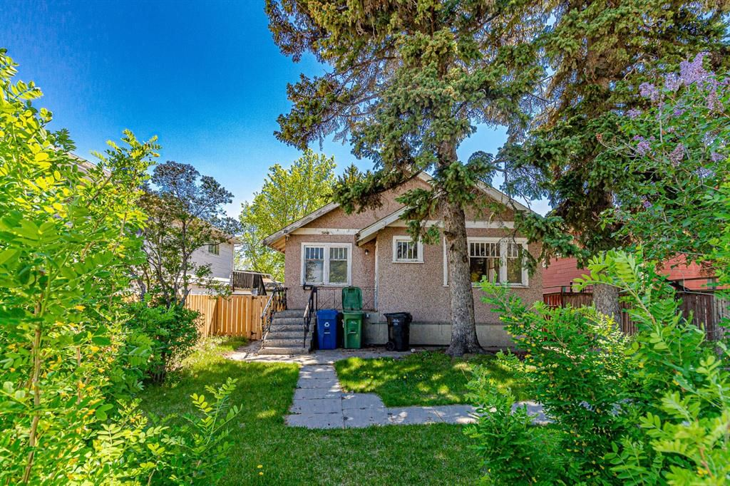 Main Photo: 4501 23 Avenue SE in Calgary: Forest Lawn Detached for sale : MLS®# A1115810