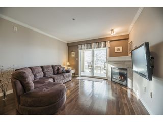 "Photo 10: 112 15621 MARINE Drive: White Rock Condo for sale in ""Pacific Pointe"" (South Surrey White Rock)  : MLS®# R2553233"
