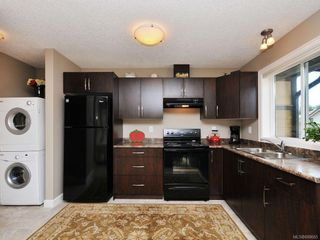 Photo 14: 1042 Whitney Crt in Langford: La Happy Valley House for sale : MLS®# 688665