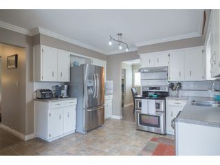 Photo 6: 26874 32A Avenue in Langley: Aldergrove Langley House for sale : MLS®# R2261824