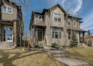 Photo 1: 2334 54 Avenue SW in Calgary: North Glenmore Park Semi Detached for sale : MLS®# A1101000
