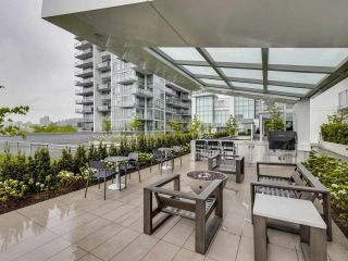 """Photo 1: 807 258 NELSON'S Court in New Westminster: Sapperton Condo for sale in """"THE COLUMBIA"""" : MLS®# R2575801"""