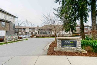 Photo 1: 9 5888 144 Street in Surrey: Sullivan Station Townhouse for sale : MLS®# R2532964