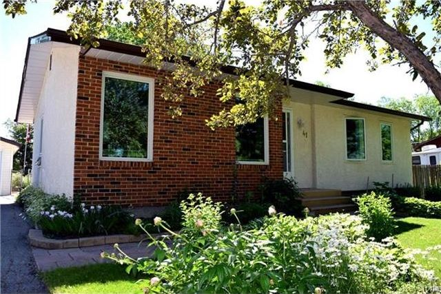 Main Photo: 41 Maple Drive: Oakbank Residential for sale (R04)  : MLS®# 1714440
