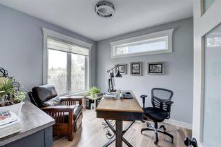 Photo 10: 190 Wildwood Drive SW in Calgary: Wildwood Detached for sale : MLS®# A1106530
