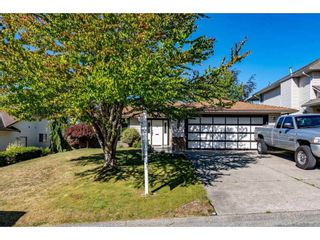 Photo 2: 2828 CROSSLEY Drive in Abbotsford: Abbotsford West House for sale : MLS®# R2502326