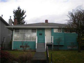 """Photo 1: 2131 SCARBORO AV in Vancouver: Fraserview VE House for sale in """"FRASERVIEW"""" (Vancouver East)  : MLS®# V926935"""