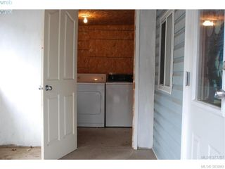 Photo 6: Mobile Home That Allows Kids & Pets Under $90,000.00