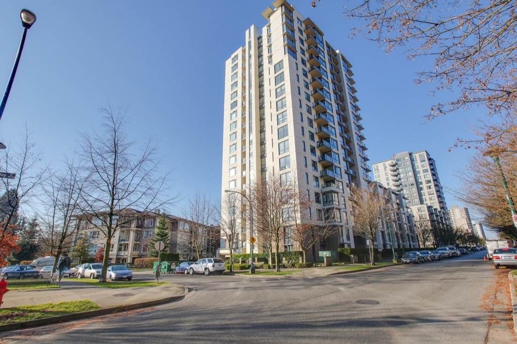 Main Photo: 1709 3588 CROWLEY DRIVE in Vancouver: Collingwood VE Condo for sale (Vancouver East)  : MLS®# R2227743