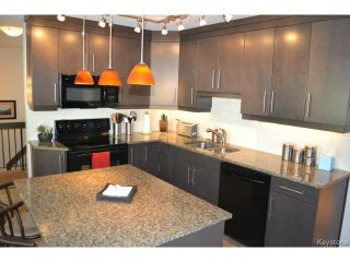 Photo 8: 97 Greensboro Square in WINNIPEG: Fort Garry / Whyte Ridge / St Norbert Residential for sale (South Winnipeg)  : MLS®# 1512277