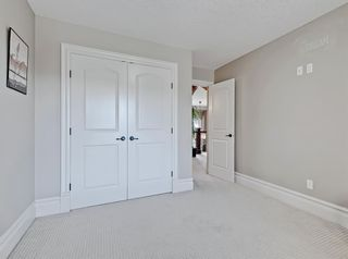 Photo 31: 18 Coulee View SW in Calgary: Cougar Ridge Detached for sale : MLS®# A1145614