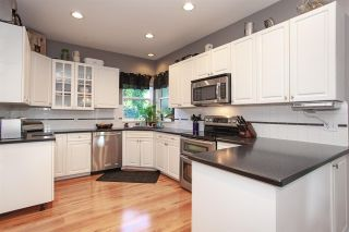 """Photo 12: 6568 CLAYTONWOOD Place in Surrey: Cloverdale BC House for sale in """"Clayton Hill"""" (Cloverdale)  : MLS®# R2327145"""