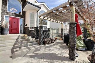 Photo 2: 7528 161A Avenue NW in Edmonton: Zone 28 House for sale : MLS®# E4238024