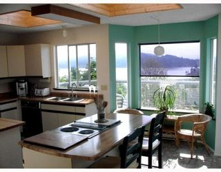 Photo 6: 458 ABBS Road in Gibsons: Gibsons & Area House for sale (Sunshine Coast)  : MLS®# V769677