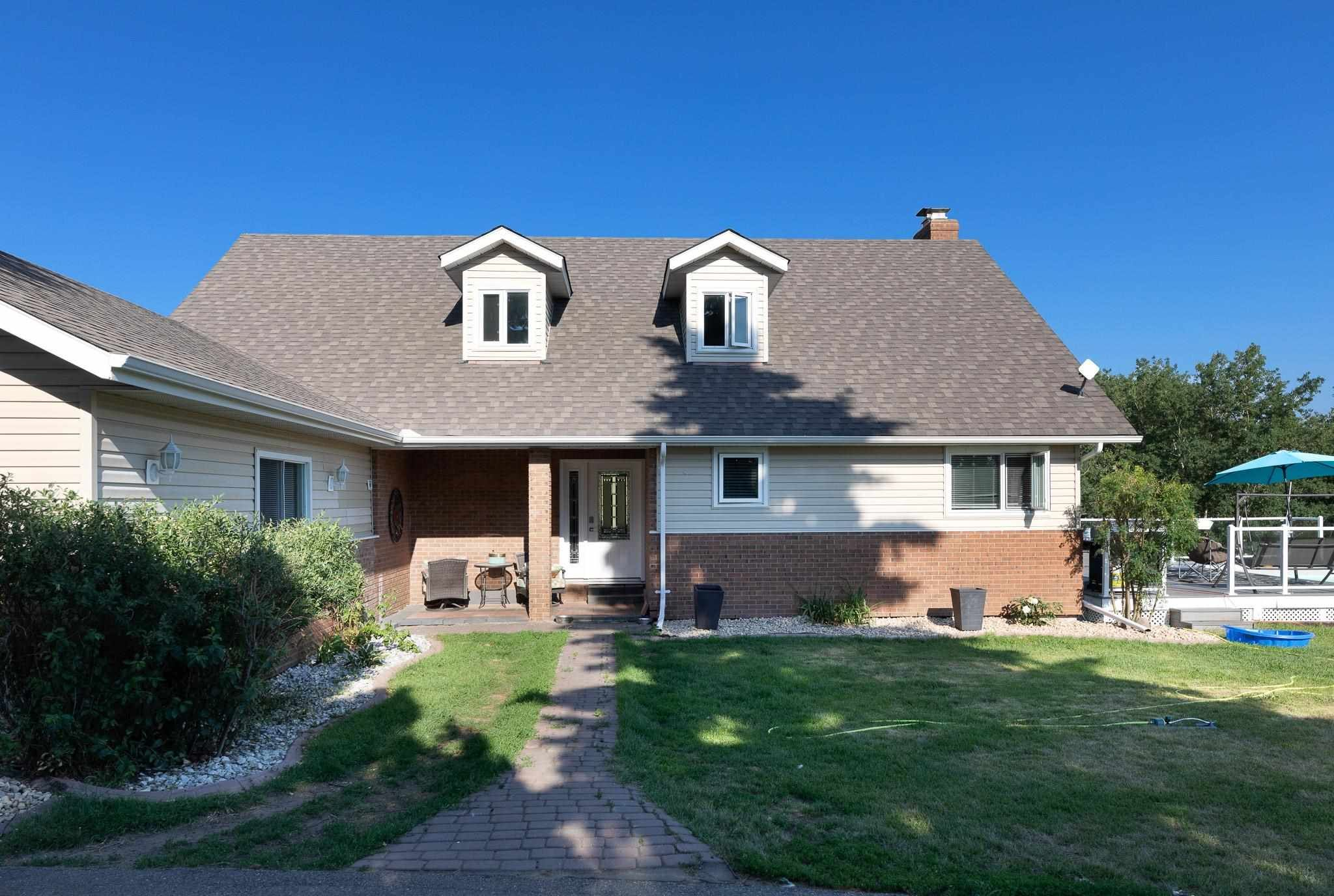 Main Photo: 135 472084 RGE RD 241: Rural Wetaskiwin County House for sale : MLS®# E4252462