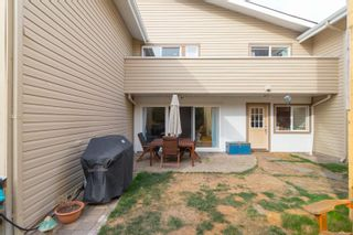 Photo 3: 102 156 St. Lawrence St in : Vi James Bay Row/Townhouse for sale (Victoria)  : MLS®# 884990