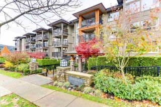 """Photo 1: 414 3178 DAYANEE SPRINGS BL in Coquitlam: Westwood Plateau Condo for sale in """"TAMARACK BY POLYGON"""" : MLS®# R2518198"""