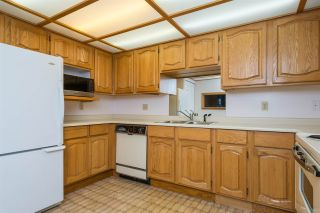 Photo 9: 209 1150 54A STREET in Delta: Tsawwassen Central Condo for sale (Tsawwassen)  : MLS®# R2215445