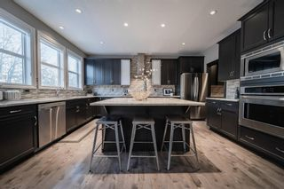 Photo 8: 28 ROCKFORD Terrace NW in Calgary: Rocky Ridge Detached for sale : MLS®# A1069939