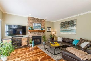 Photo 8: 20 FLAVELLE Drive in Port Moody: Barber Street House for sale : MLS®# R2437428