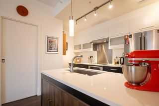 """Photo 9: 182 E 17TH Avenue in Vancouver: Main Townhouse for sale in """"3333 MAIN"""" (Vancouver East)  : MLS®# R2590115"""