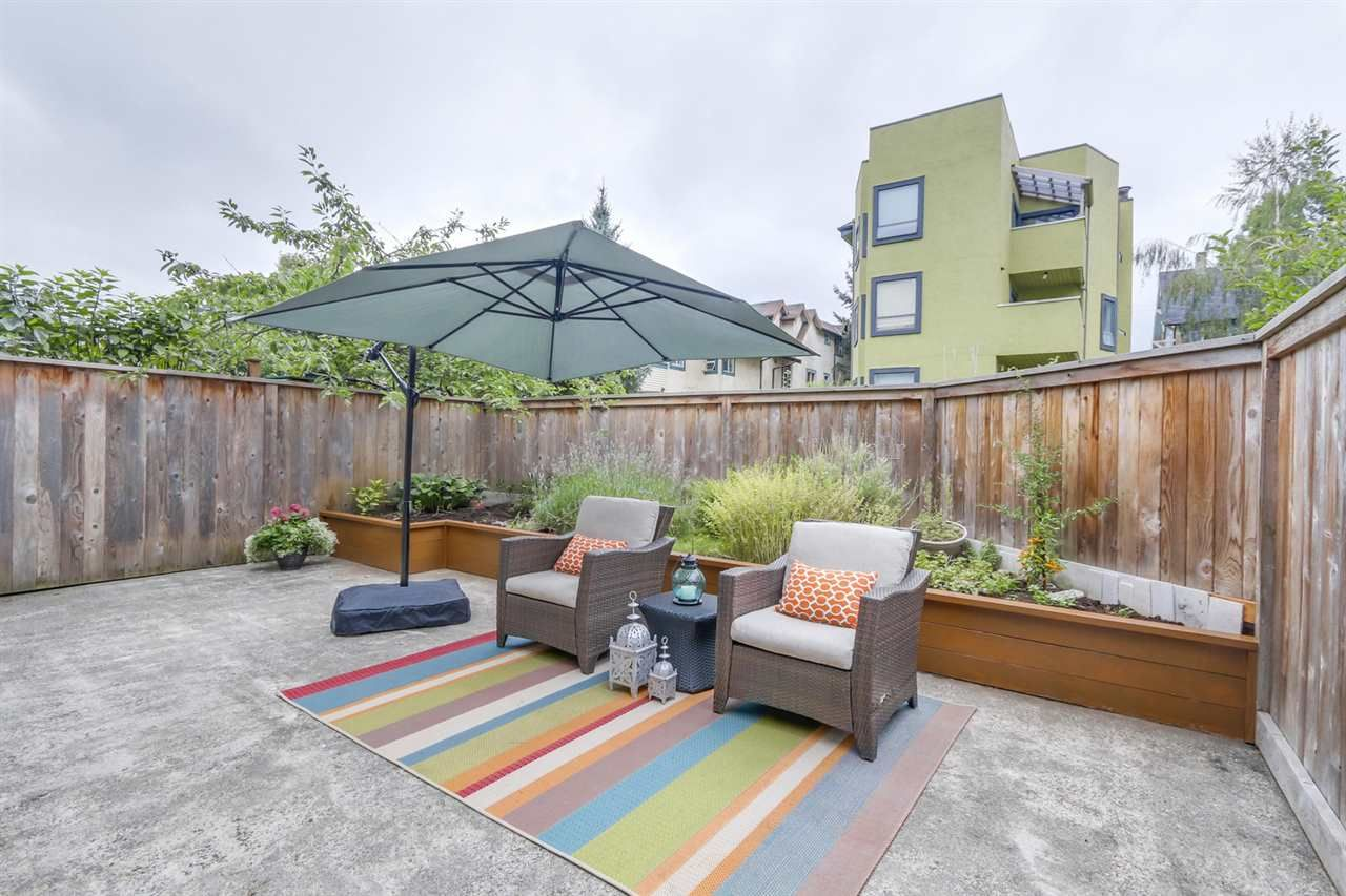 Main Photo: 104 1429 WILLIAM Street in Vancouver: Grandview VE Condo for sale (Vancouver East)  : MLS®# R2107967