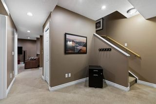 Photo 34: 61 Strathridge Crescent SW in Calgary: Strathcona Park Detached for sale : MLS®# A1152983