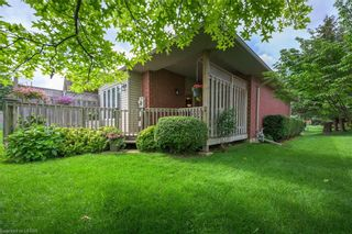 Photo 3: 34 1555 HIGHBURY Avenue in London: East A Residential for sale (East)  : MLS®# 40138511