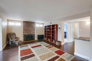 Photo 3: CLAIREMONT House for sale : 3 bedrooms : 2981 Massasoit Ave in San Diego