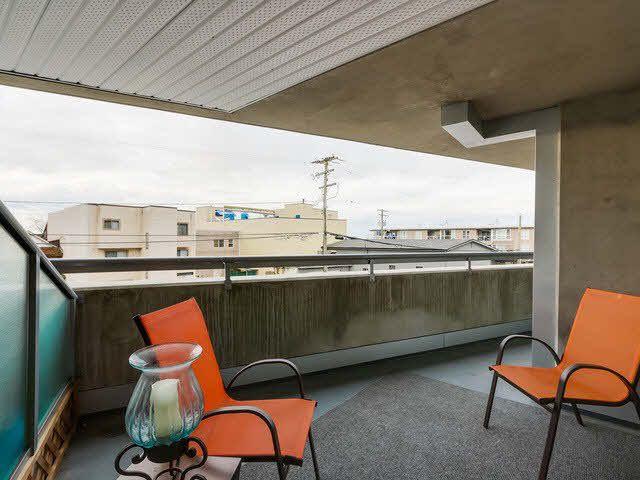 "Photo 15: Photos: 202 14955 VICTORIA Avenue: White Rock Condo for sale in ""SAUSALITO BEACH SIDE LIVING"" (South Surrey White Rock)  : MLS®# F1429658"