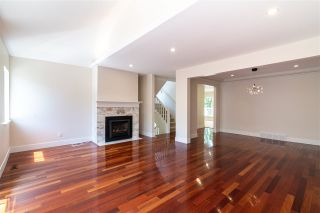 """Photo 2: 873 ROCHE POINT Drive in North Vancouver: Roche Point Townhouse for sale in """"SALISH ESTATES"""" : MLS®# R2377508"""