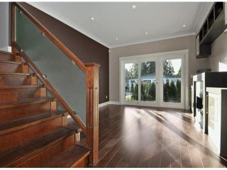 Photo 3: A 234 E 18TH Street in North Vancouver: Central Lonsdale 1/2 Duplex for sale : MLS®# V1069556