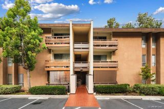 Photo 2: MISSION VALLEY Condo for sale : 1 bedrooms : 1621 Hotel Circle #E322 in San Diego