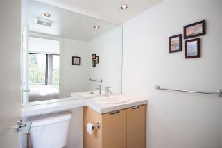 """Photo 18: 403 151 W 2ND Street in North Vancouver: Lower Lonsdale Condo for sale in """"SKY"""" : MLS®# R2389638"""