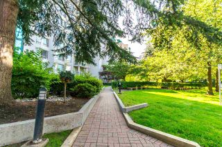 """Photo 17: 905 1199 EASTWOOD Street in Coquitlam: North Coquitlam Condo for sale in """"Selkirk"""" : MLS®# R2091861"""
