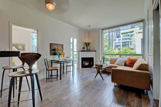Photo 3: 201 928 RICHARDS STREET in Vancouver: Yaletown Condo for sale (Vancouver West)  : MLS®# R2281574