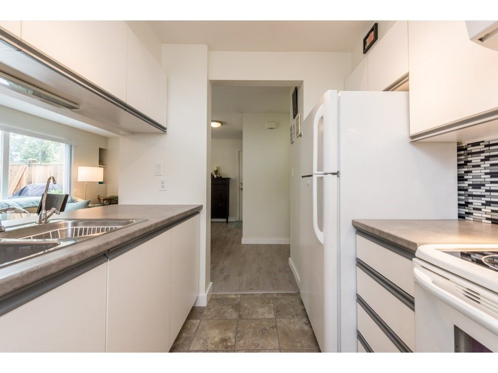 Photo 11: Photos: 1 2120 CENTRAL AVENUE in Port Coquitlam: Central Pt Coquitlam Condo for sale : MLS®# R2180338