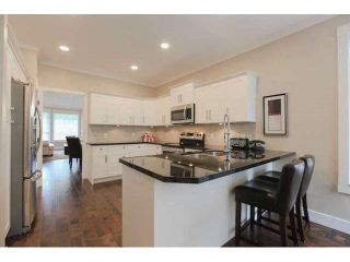 """Photo 8: 33 2688 150 Street in Surrey: Sunnyside Park Surrey Townhouse for sale in """"Westmoor"""" (South Surrey White Rock)  : MLS®# F1449196"""