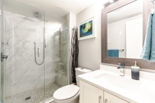 "Photo 12: 303 6282 KATHLEEN Avenue in Burnaby: Metrotown Condo for sale in ""THE EMPRESS"" (Burnaby South)  : MLS®# R2289687"