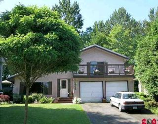 """Photo 1: 11466 ROYAL CR in Surrey: Royal Heights House for sale in """"ROYAL HEIGHTS"""" (North Surrey)  : MLS®# F2614639"""