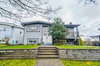 Main Photo: 2719 E 57TH Avenue in Vancouver: Fraserview VE House for sale (Vancouver East)  : MLS®# R2578937