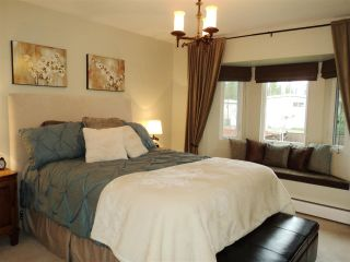 Photo 8: 1415 REGAN Avenue in Coquitlam: Central Coquitlam House for sale : MLS®# R2019990