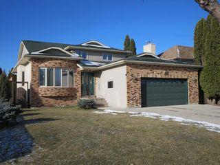 Photo 1: 111 Oakhurst Crescent in Winnipeg: Seven Oaks Crossings Residential for sale (4H)  : MLS®# 202027981
