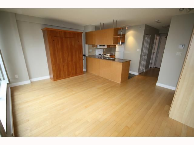 "Main Photo: 312 1189 HOWE Street in Vancouver: Downtown VW Condo for sale in ""THE GENESIS RESIDENCE & CLUB"" (Vancouver West)  : MLS®# V818440"