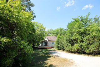 Photo 3: 27102 BOUNDARY Road N in Cooks Creek: House for sale : MLS®# 202118693